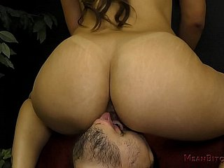 Tight Latina Old hat modern Makes The brush SlaveBoy Worship Limbs & Pest - Femdom