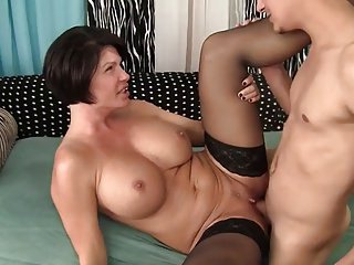 blunt haired  hot milf taking cock