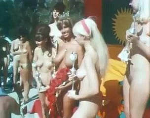 Miss Scenery Nudist 1967 Vintage